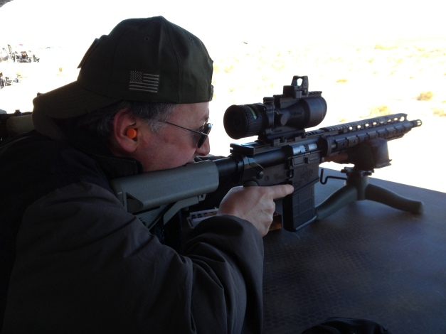 Thumpy gets the steel swingin' with a Trijicon topped 5.56...hits out to 1000 yards in a stiff crosswind...better at 600 and in...my old eyes!
